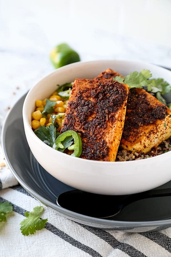 Southwestern Style Baked Tofu Steaks - a western taken on an Asian classic! plant based recipes, healthy dinner recipes, tofu recipes vegan, tofu recipes healthy, vegetarian dinner recipe | pickledplum.com