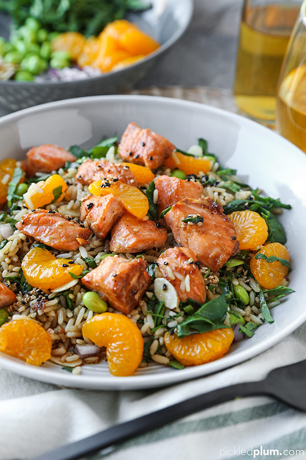 This is a wholesome and satisfying meal! Perfectly balanced flavors of sweet, salty, nutty and tangy. Healthy dinner recipes, salmon recipe healthy, pan fried salmon recipe, rice salad recipe, weight loss, diet recipes | pickledplum.com