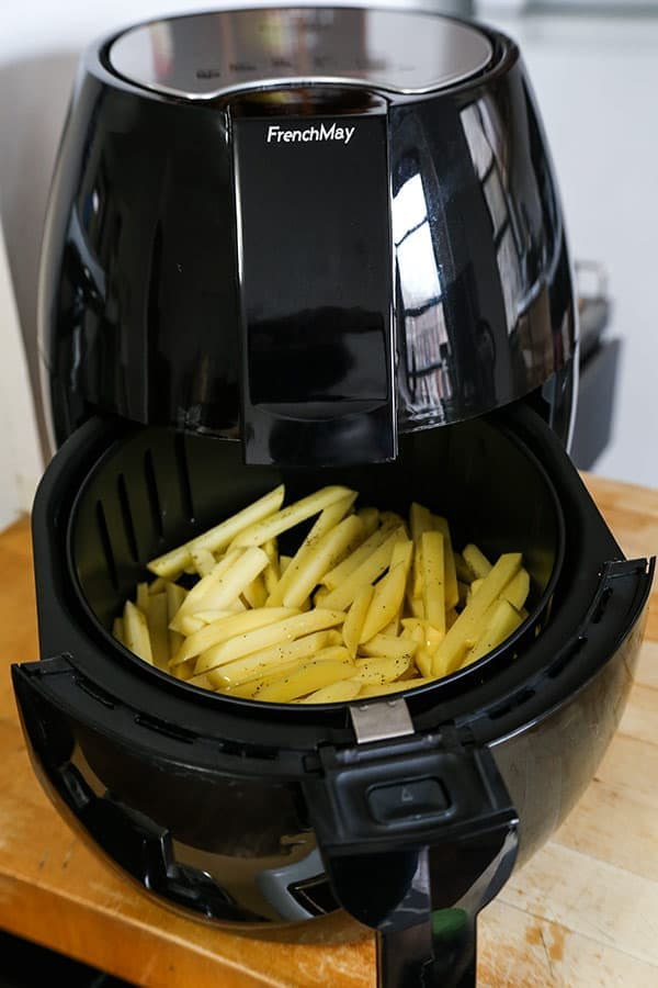The Best Air Fryer French Fries - A healthy air fryer fries recipe (vegan) that makes a perfect easy homemade meal for those looking to loose weight - but not flavor! Pretty cool looking air fryer machine too! #airfryer #healthyeating #healthyliving #recipeoftheday | pickledplum.com
