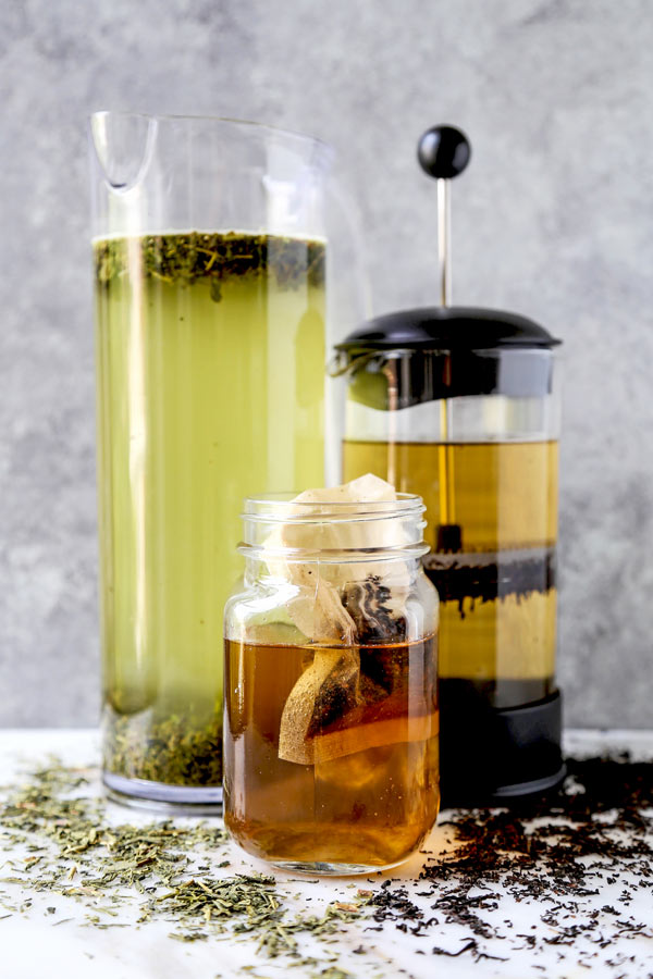 3 Delicious Ways To Cold Brew Tea - Icy, refreshing and smooth, Cold Brew Tea is tailor made for the dog days of summer. Learn about the improved taste you get when cold brewing tea, along with 3 easy methods for making perfect iced tea at home! #homemade #icedtea #summerrecipe #healthyrecipes | pickledplum.com