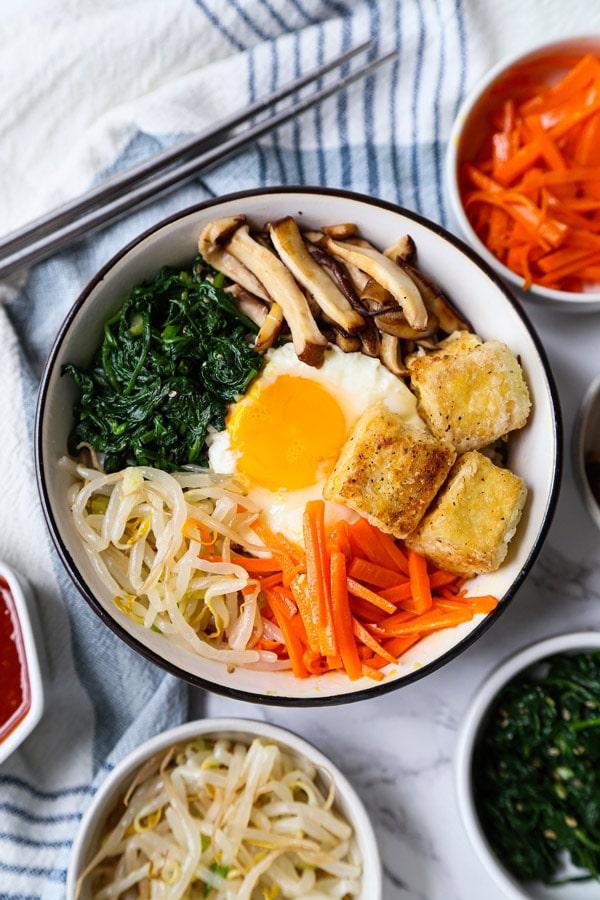 Vegetarian tofu bibimbap | pickledplum.com