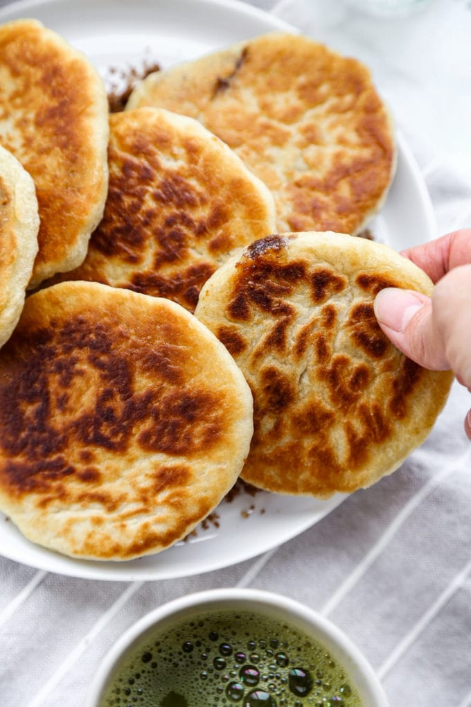 Hotteok (Korean Sweet Pancakes) - pickledplum.com