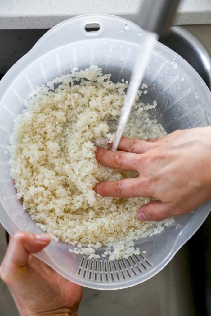 Japanese rice rinsing