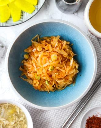 moochae - Korean daikon radish salad
