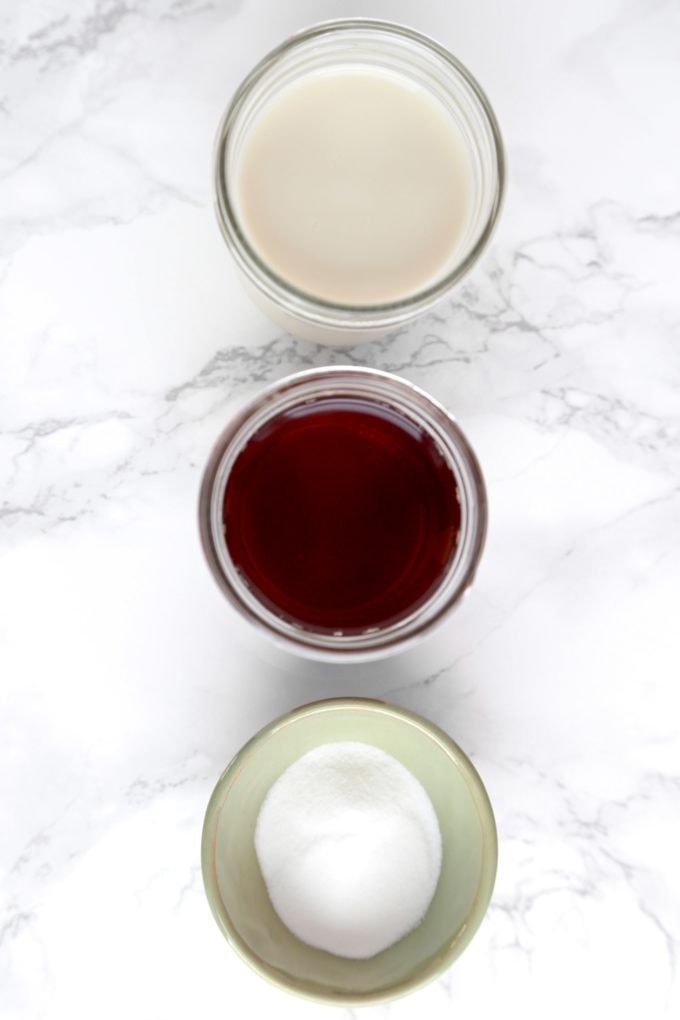 Ingredients for Japanese royal milk tea